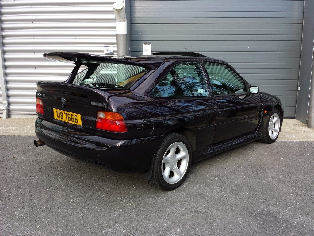 ford escort rs cosworth 2 0 3dr 1996 for sale aspinall cars used cars epsom creating. Black Bedroom Furniture Sets. Home Design Ideas