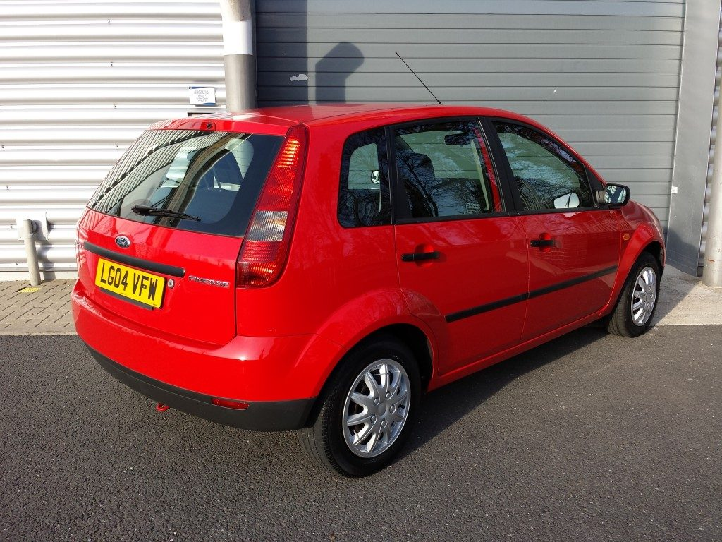 ford fiesta finesse durashift est 1 4 5dr 2004 for sale aspinall cars used cars epsom. Black Bedroom Furniture Sets. Home Design Ideas