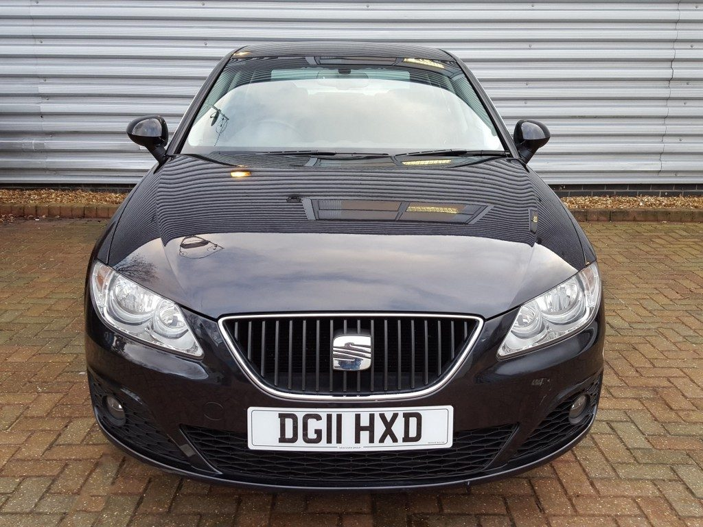 seat exeo tdi dpf se tech pack 2 0 4dr 2011 for sale aspinall cars used cars epsom. Black Bedroom Furniture Sets. Home Design Ideas