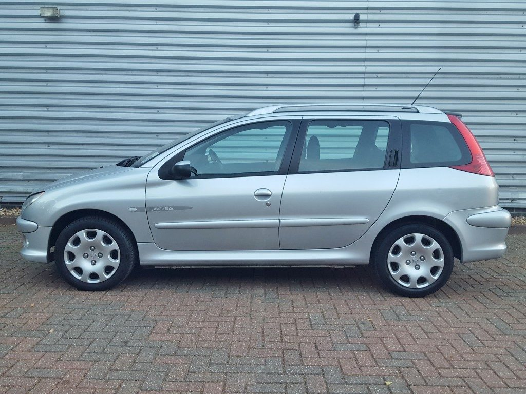 peugeot 206 sw quicksilver 1 4 5dr 2004 for sale aspinall cars used cars epsom creating. Black Bedroom Furniture Sets. Home Design Ideas