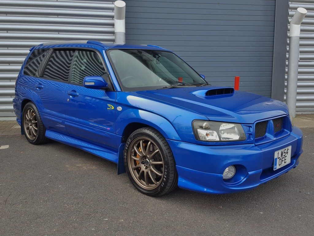 subaru forester wrx 2 0 5dr 2004 for sale aspinall cars used cars epsom creating higher. Black Bedroom Furniture Sets. Home Design Ideas